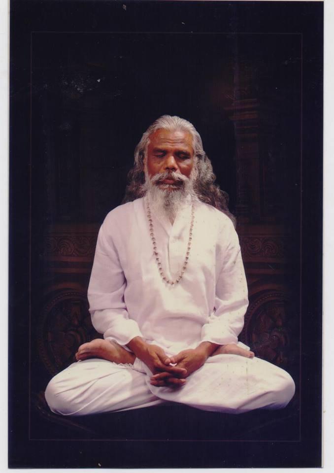Je vous présente Yogi Shri Ramalingam mon maître yoga en Inde