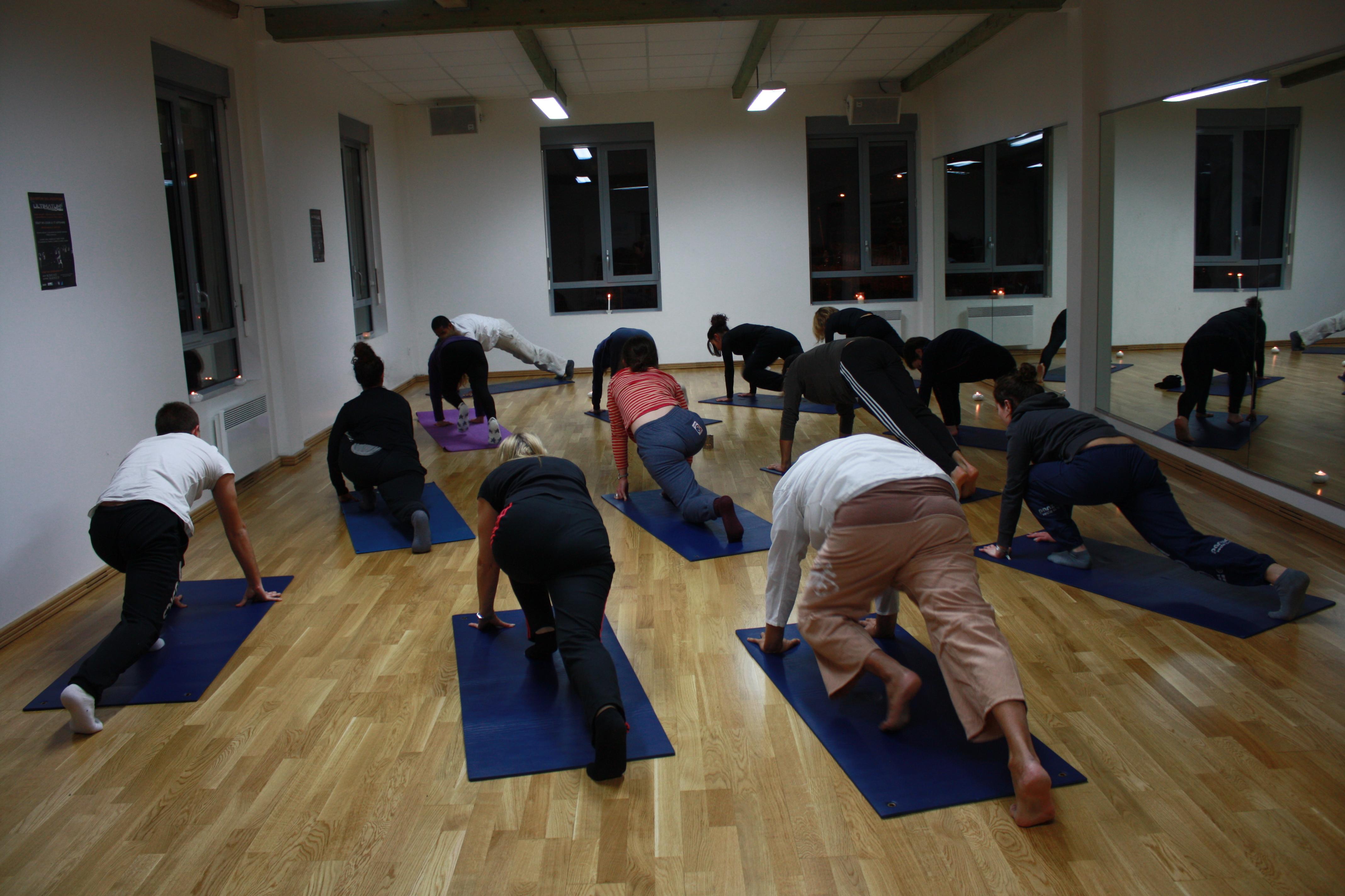 Cours de yoga la rochelle