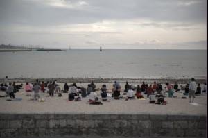 Yoga sur la plage!