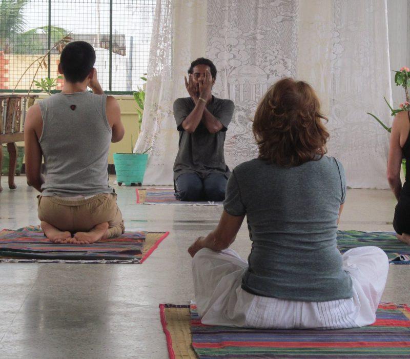 yoga-stage-en-inde.jpg